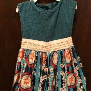 4 t Dress persnickety
